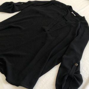 Black LUSH top. Large. Botton quarter sleeves